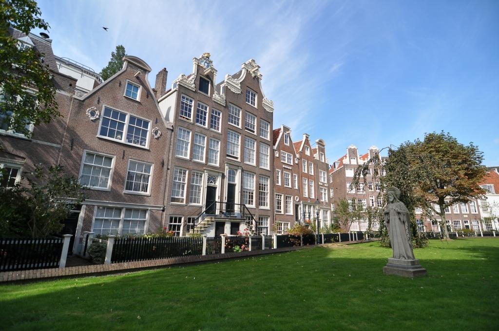 The Begijnhof Amsterdam